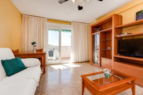 2 Bedrooms Apartment For Sale in Punta Prima Beach with Sunny Terrace (5)