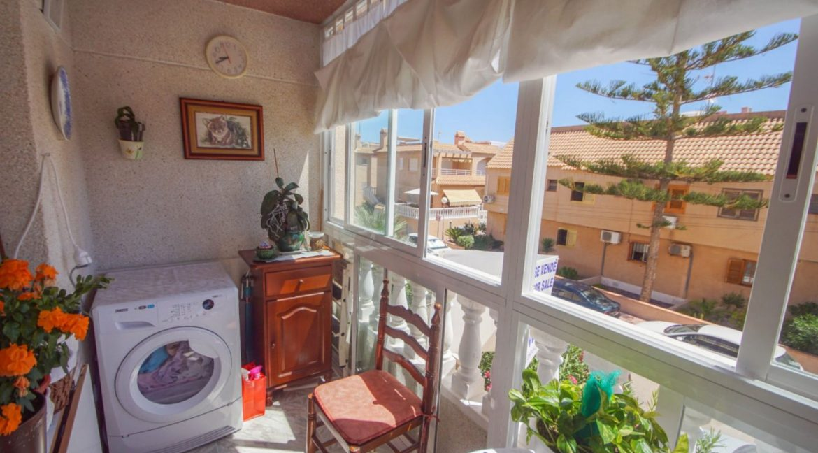 2 Bedrooms Apartment with Lateral Sea Views in Cala del Moro Torrevieja (20)