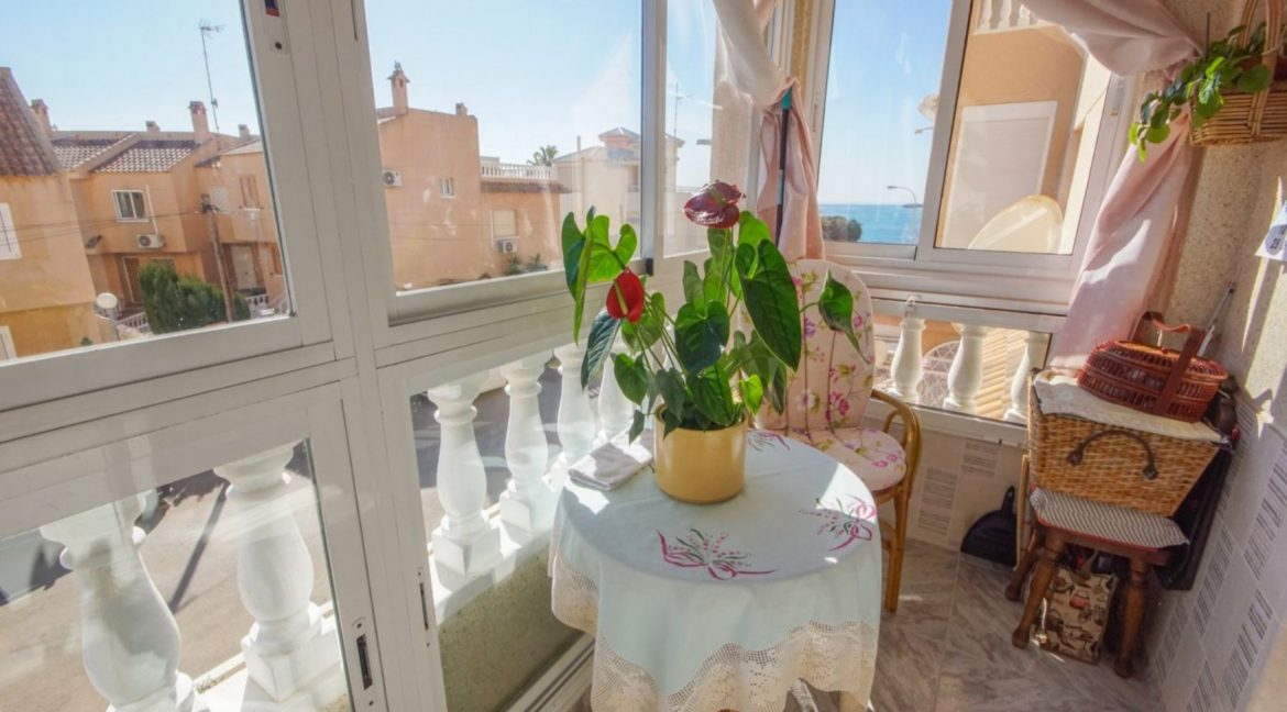 2 Bedrooms Apartment with Lateral Sea Views in Cala del Moro Torrevieja (21)