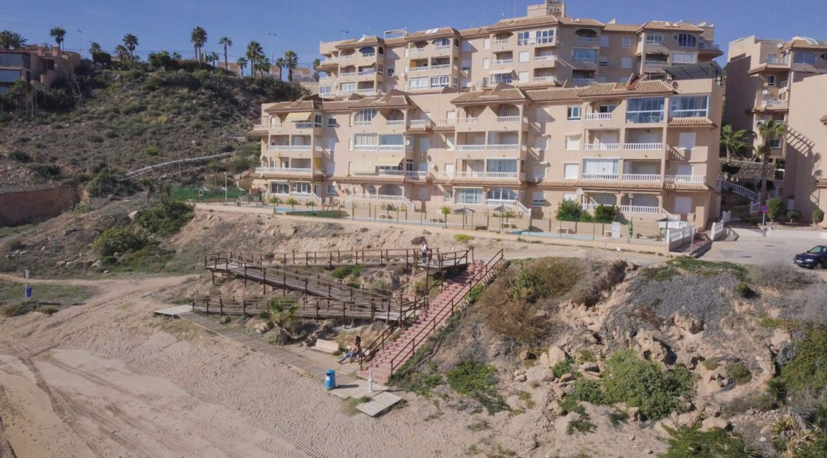 2 Bedrooms Apartment with Lateral Sea Views in Cala del Moro Torrevieja (24)
