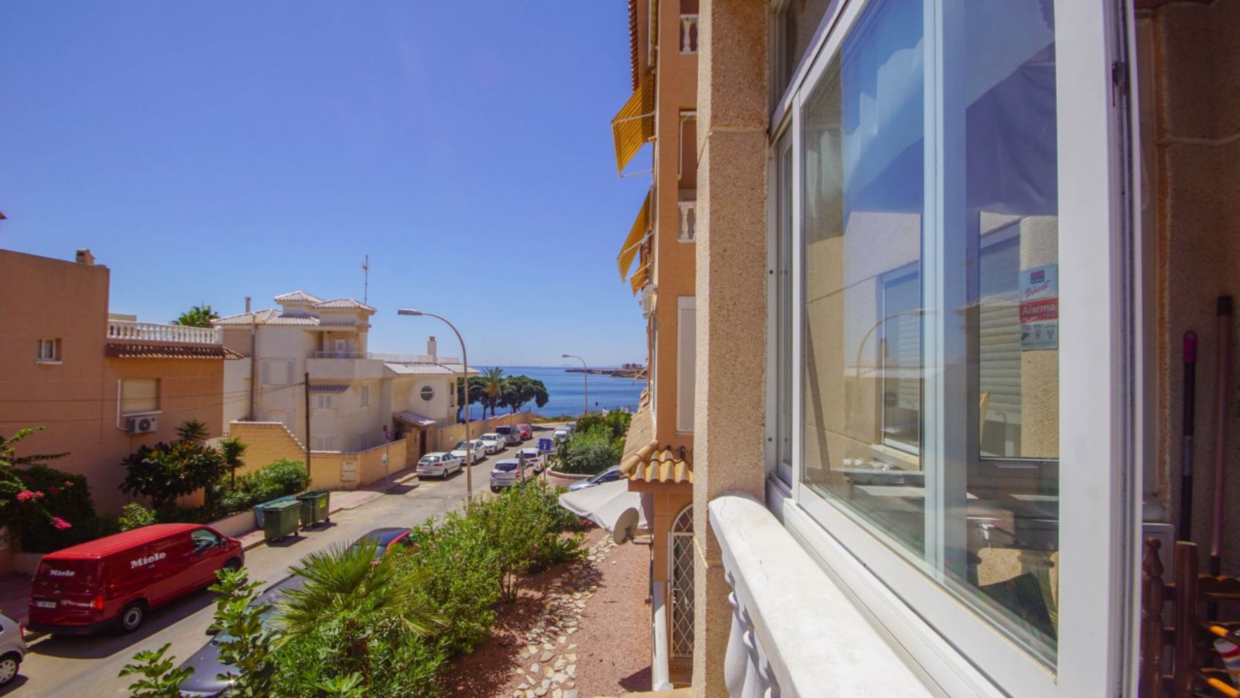 2 Bedrooms Apartment with Lateral Sea Views in Cala del Moro Torrevieja
