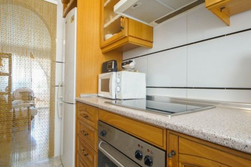 2 Bedrooms Apartment with Lateral Sea Views in Cala del Moro Torrevieja (8)