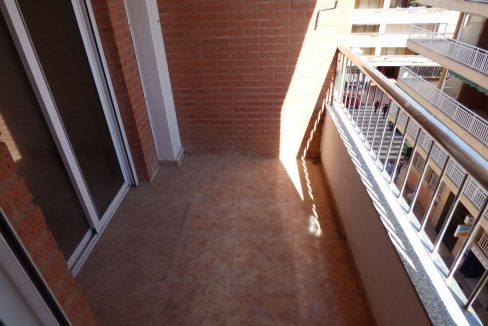 3 Bedrooms Apartment For Sale in First Line of Beach Torrevieja (16)