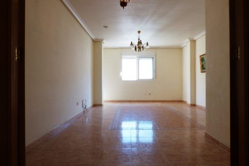 3 Bedrooms Apartment For Sale in First Line of Beach Torrevieja (4)