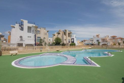 3 Bedrooms Bungalow For Sale in Torrevieja. Torrelamata