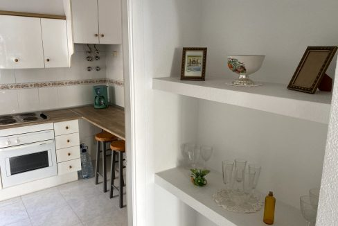 3 Bedrooms Renovated Bungalow For Sale with Community Pool (11)