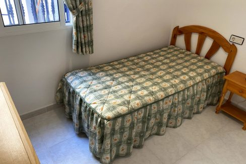 3 Bedrooms Renovated Bungalow For Sale with Community Pool (16)