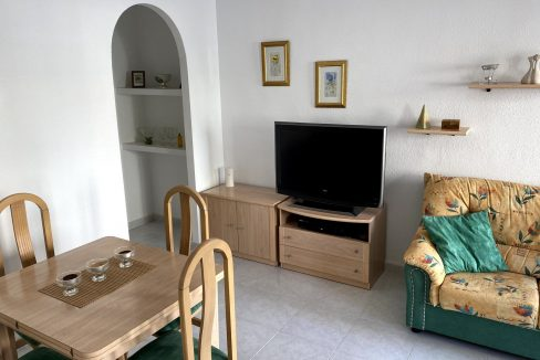 3 Bedrooms Renovated Bungalow For Sale with Community Pool (25)