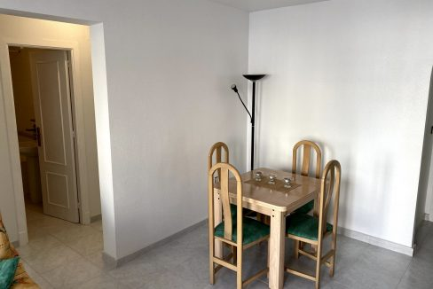 3 Bedrooms Renovated Bungalow For Sale with Community Pool (30)
