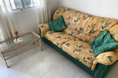 3 Bedrooms Renovated Bungalow For Sale with Community Pool (31)