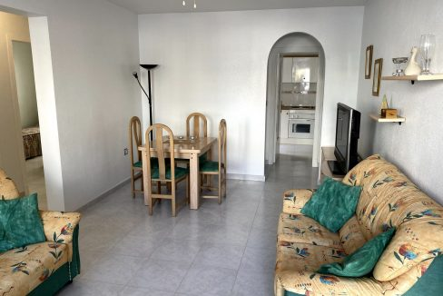 3 Bedrooms Renovated Bungalow For Sale with Community Pool (4)