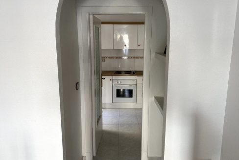 3 Bedrooms Renovated Bungalow For Sale with Community Pool (6)