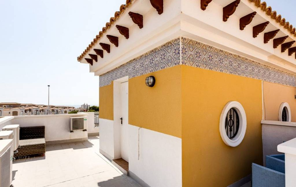 3 Bedrooms Townhouse For Sale in Torrevieja - Aguas Nuevas. Renovated (15)