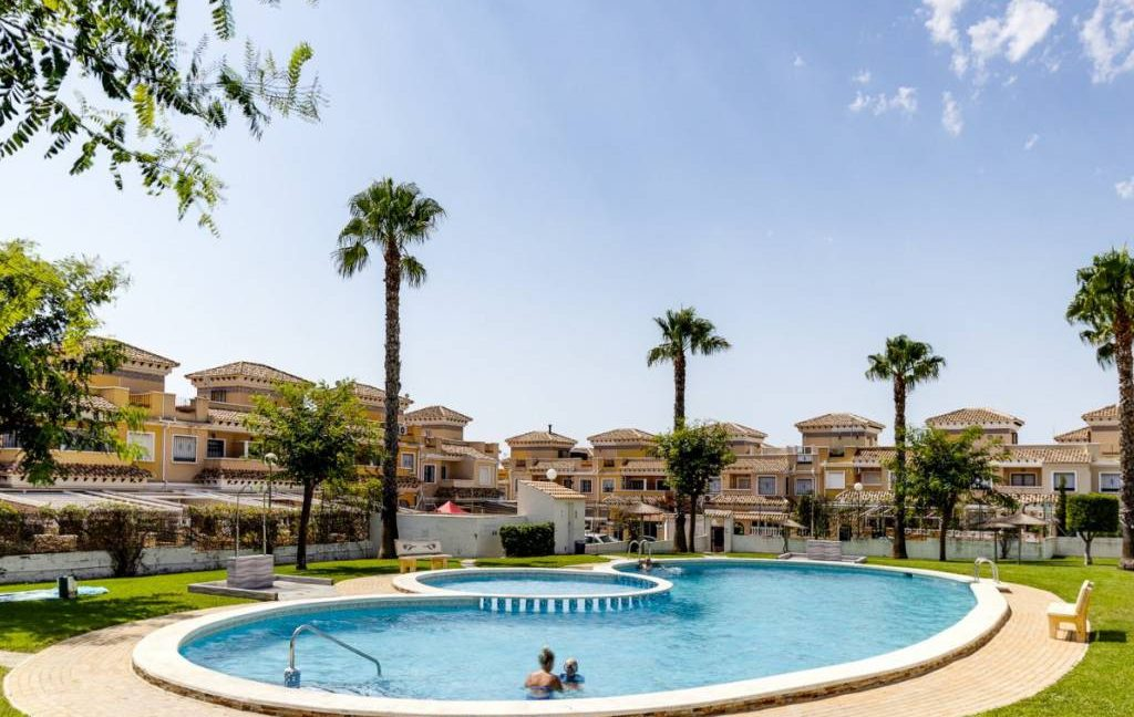 3 Bedrooms Townhouse For Sale in Torrevieja - Aguas Nuevas. Renovated (33)