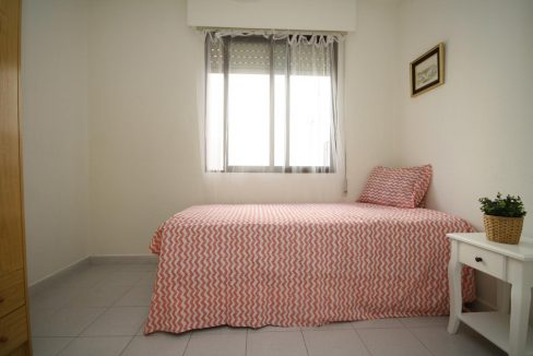 2 Bedooms Apartment For Sale in Torrevieja Near en Cura Beach with Lateral Sea Views (16)