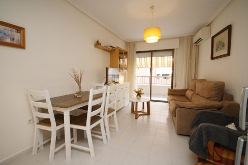 2 Bedooms Apartment For Sale in Torrevieja Near en Cura Beach with Lateral Sea Views (17)