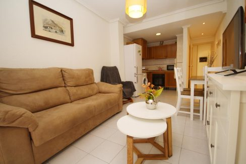 2 Bedooms Apartment For Sale in Torrevieja Near en Cura Beach with Lateral Sea Views
