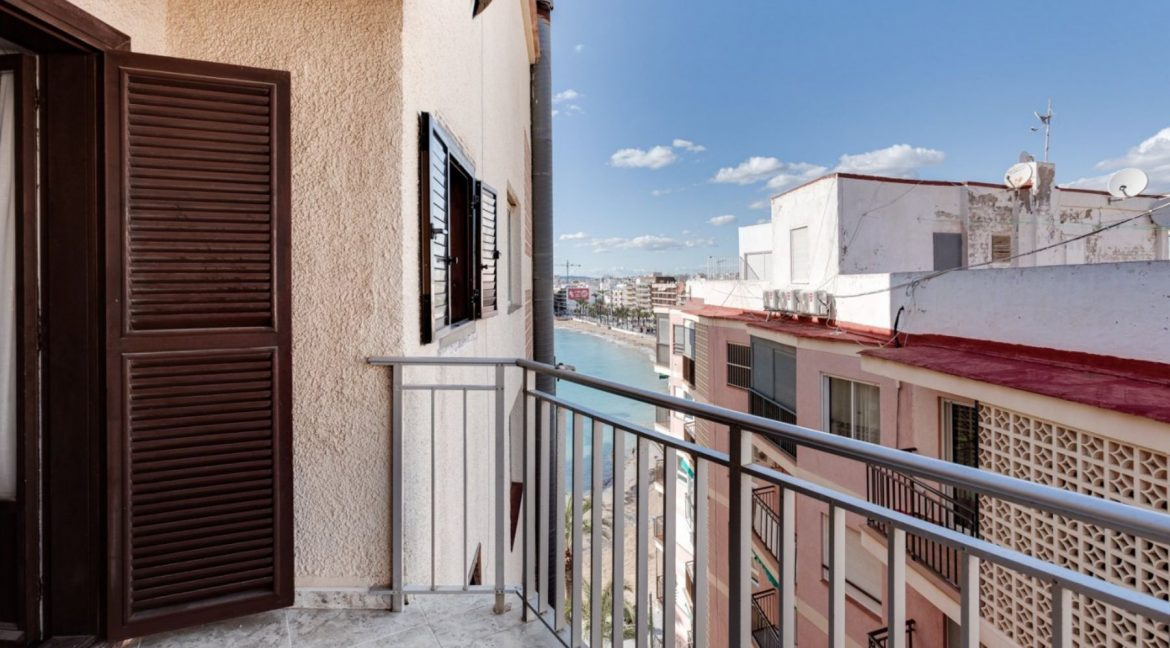 2 Bedrooms Apartment For Sale With Sea View In Torrevieja (1)