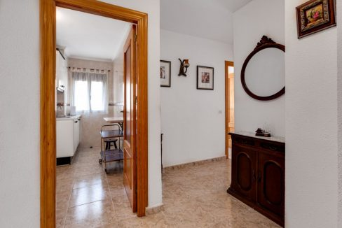 2 Bedrooms Apartment For Sale With Sea View In Torrevieja (19)