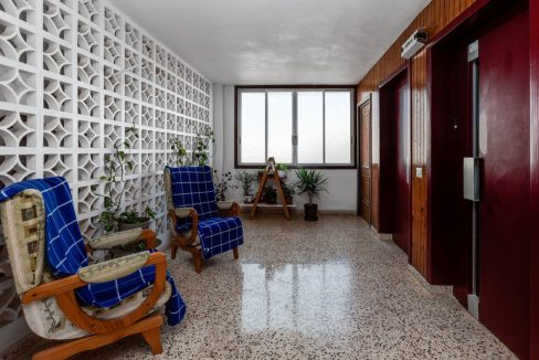 2 Bedrooms Apartment For Sale With Sea View In Torrevieja (20)