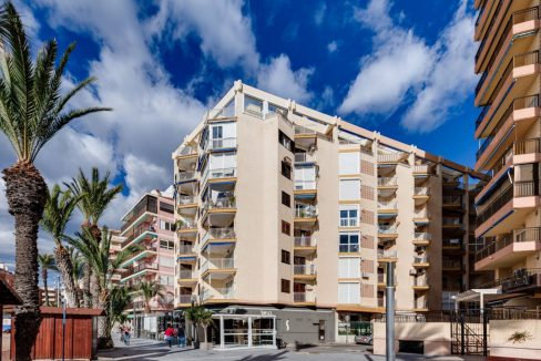 2 Bedrooms Apartment For Sale With Sea View In Torrevieja (24)