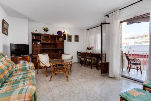 2 Bedrooms Apartment For Sale With Sea View In Torrevieja (7)