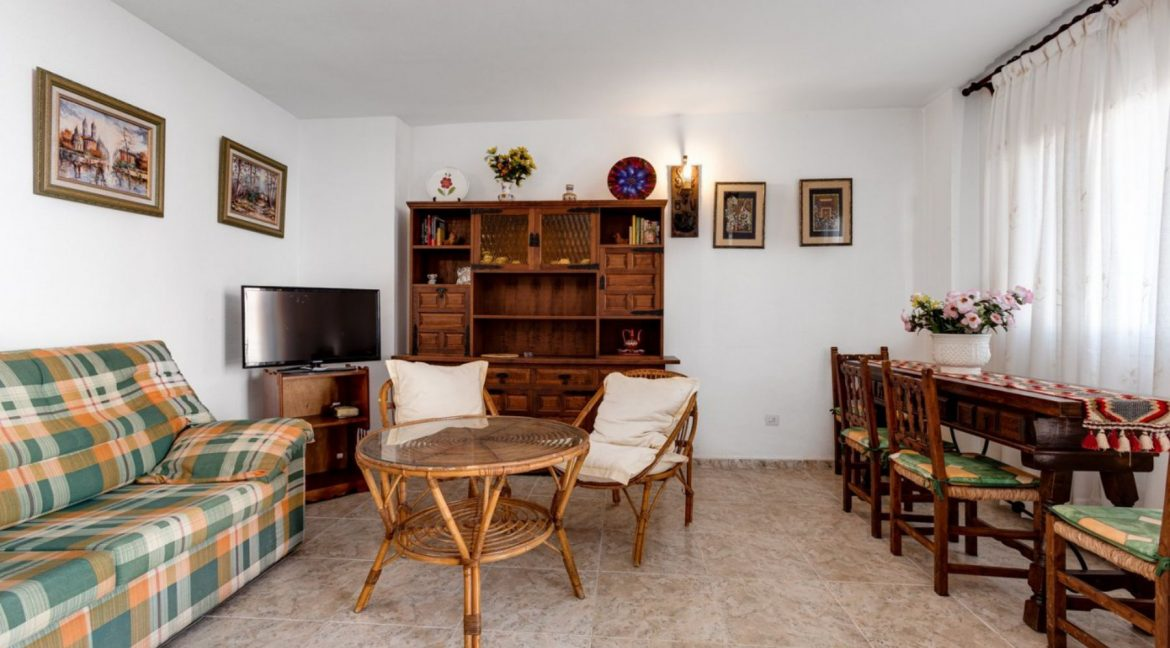 2 Bedrooms Apartment For Sale With Sea View In Torrevieja (8)