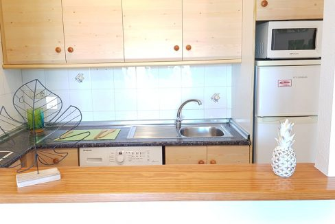 2 Bedrooms Apartment with sea views For Sale in Torrevieja (12)