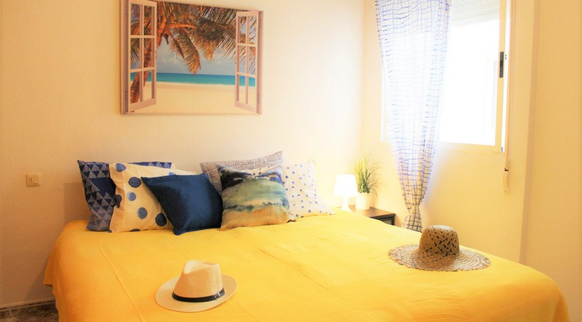 2 Bedrooms Apartment with sea views For Sale in Torrevieja (25)