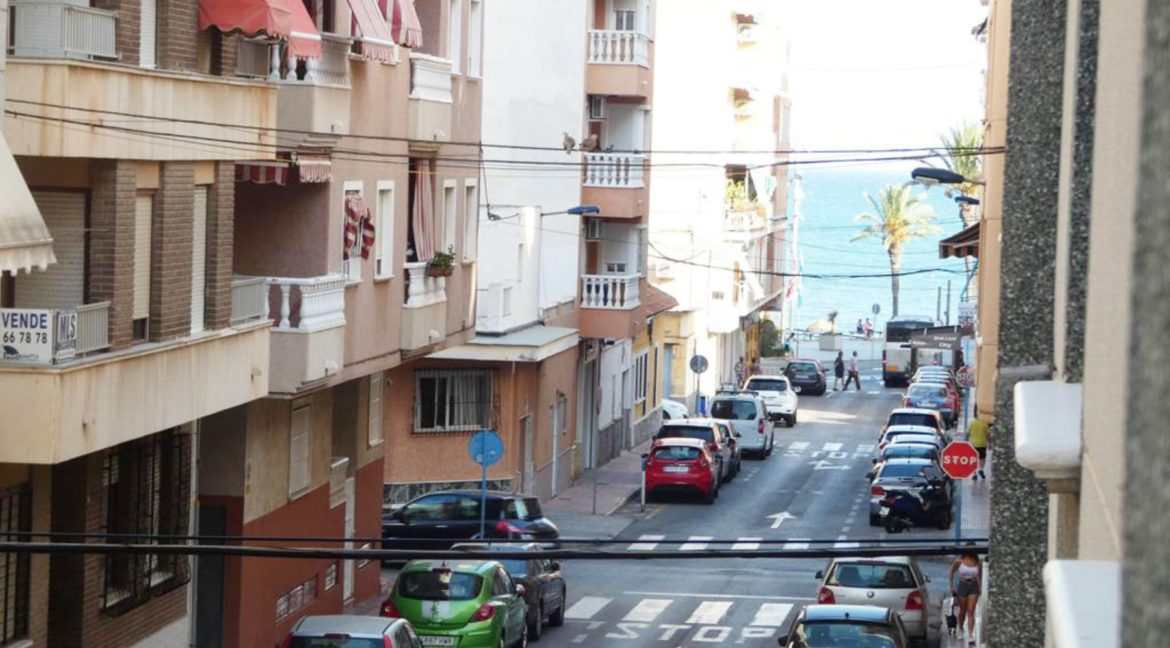 2 Bedrooms apartment For Sale Close to the Beach in Torrevieja (16)