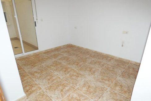 2 Bedrooms apartment For Sale Close to the Beach in Torrevieja (9)