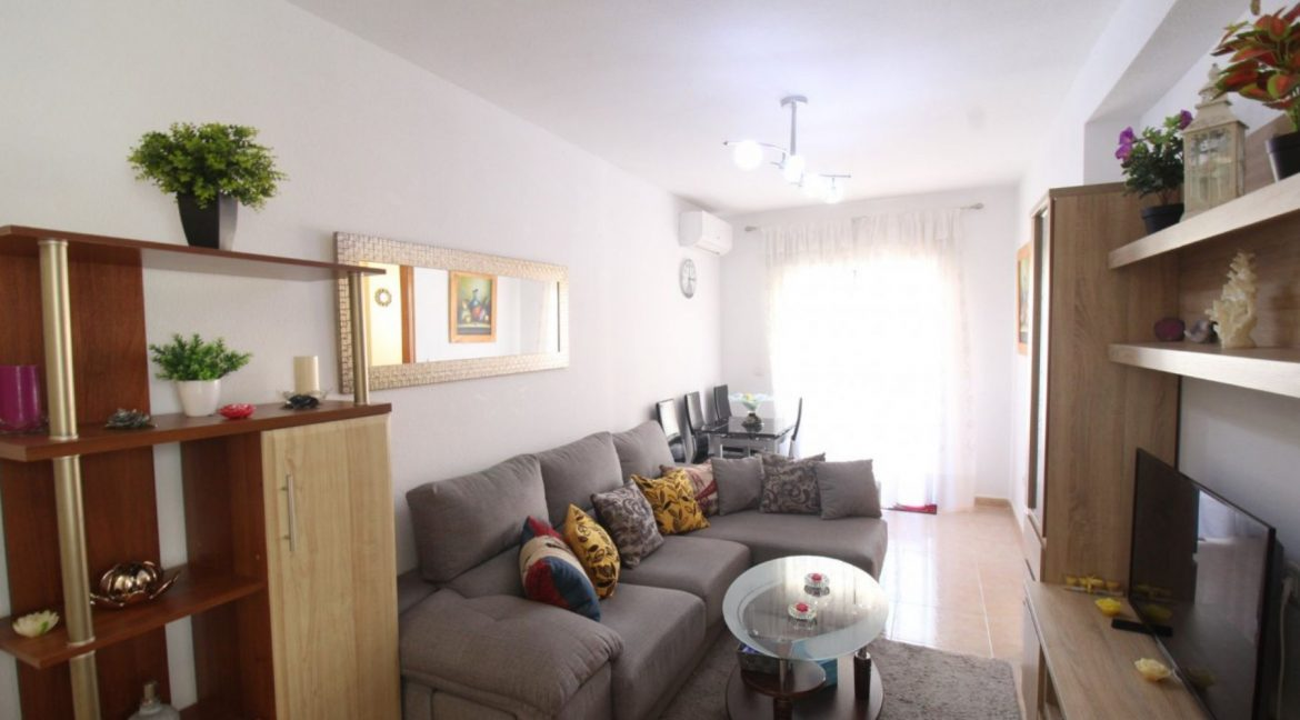 2 Double Bedrooms Apartment For Sale Close To The Beach In Torrevieja (23)