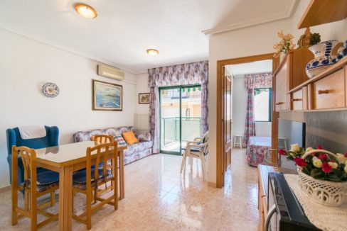2 Double Bedrooms Apartment For Sale with Sea Views in Torrevieja (13)