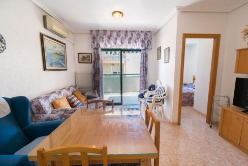2 Double Bedrooms Apartment For Sale with Sea Views in Torrevieja (14)