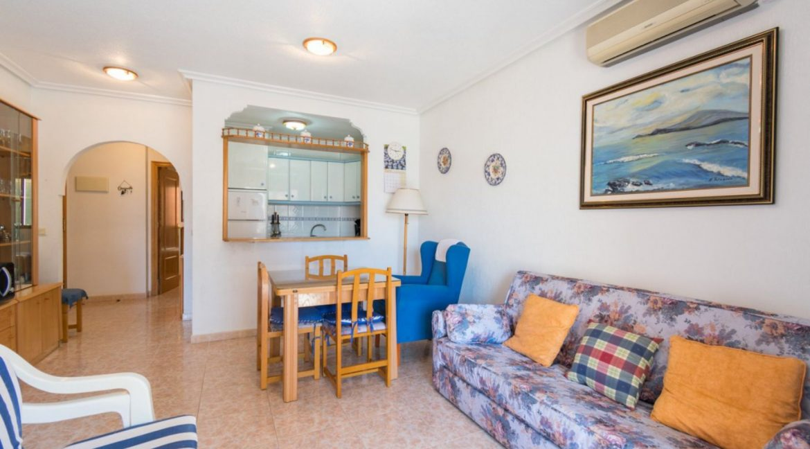 2 Double Bedrooms Apartment For Sale with Sea Views in Torrevieja (15)