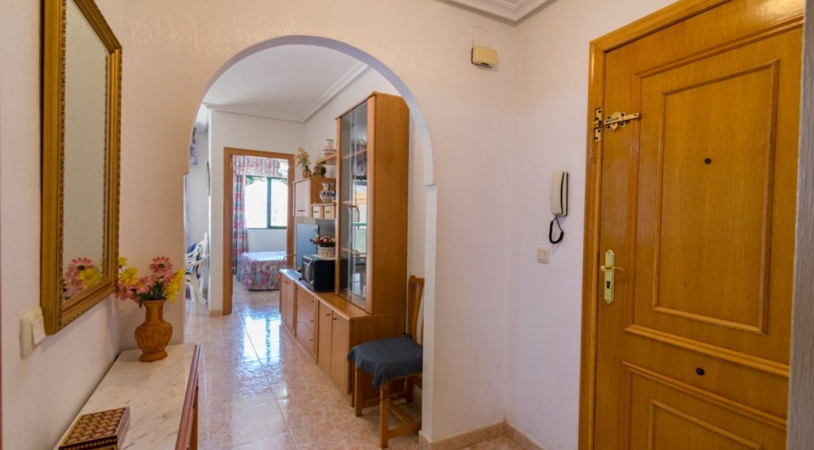 2 Double Bedrooms Apartment For Sale with Sea Views in Torrevieja (3)