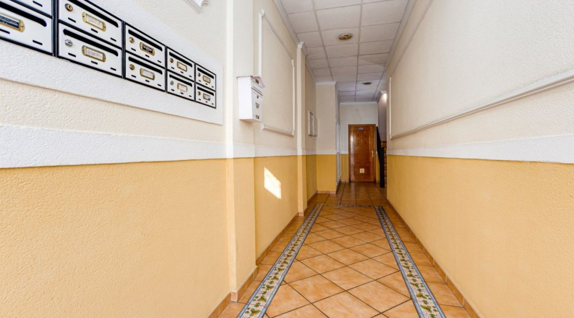 3 Bedrooms Apartment For Sale Just 500 Meters from El Cura Beach - Torrevieja (1)