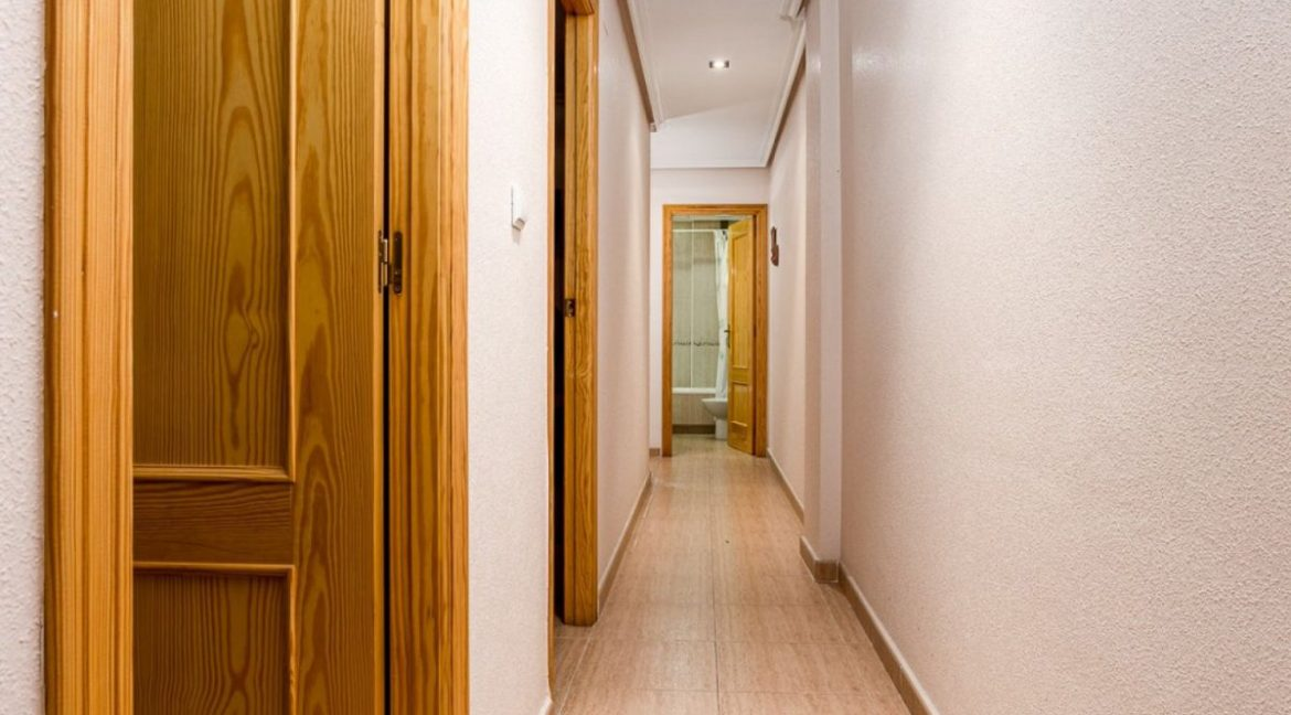 3 Bedrooms Apartment For Sale Just 500 Meters from El Cura Beach - Torrevieja (23)