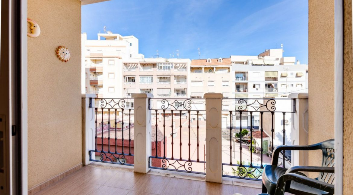 3 Bedrooms Apartment For Sale Just 500 Meters from El Cura Beach - Torrevieja (24)