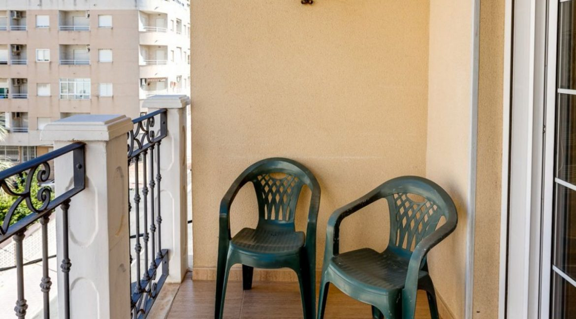 3 Bedrooms Apartment For Sale Just 500 Meters from El Cura Beach - Torrevieja (27)