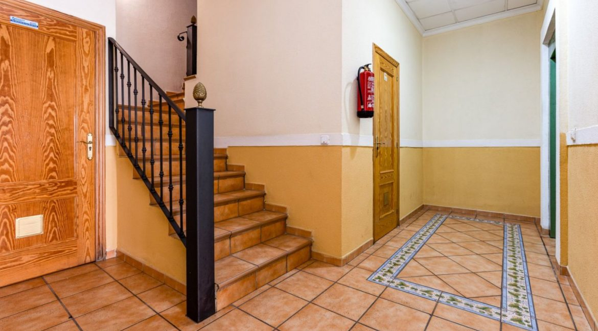 3 Bedrooms Apartment For Sale Just 500 Meters from El Cura Beach - Torrevieja (32)
