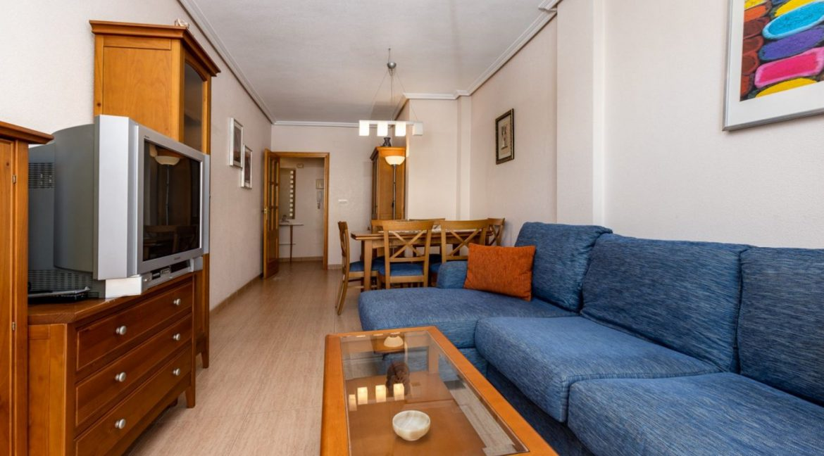 3 Bedrooms Apartment For Sale Just 500 Meters from El Cura Beach - Torrevieja (4)