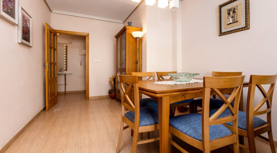 3 Bedrooms Apartment For Sale Just 500 Meters from El Cura Beach - Torrevieja (8)