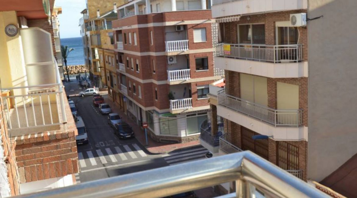 3 Bedrooms Apartment For Sale with Lateral Sea Views El Cura Beach - Torrevieja (6)