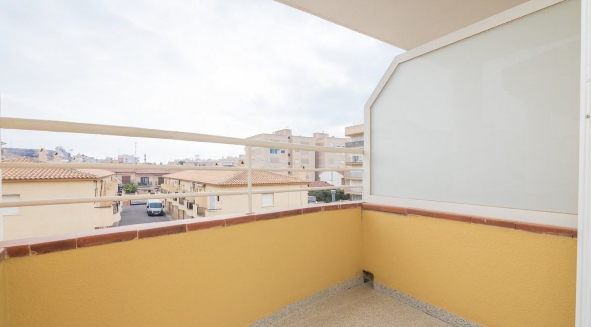 3 Bedrooms Townhouse with Swimming Pool and Parking For Sale in Santa Pola (17)