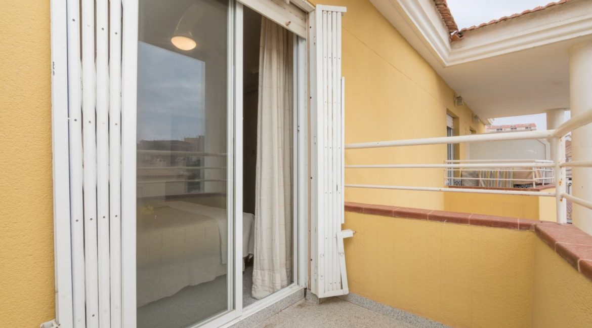 3 Bedrooms Townhouse with Swimming Pool and Parking For Sale in Santa Pola (18)