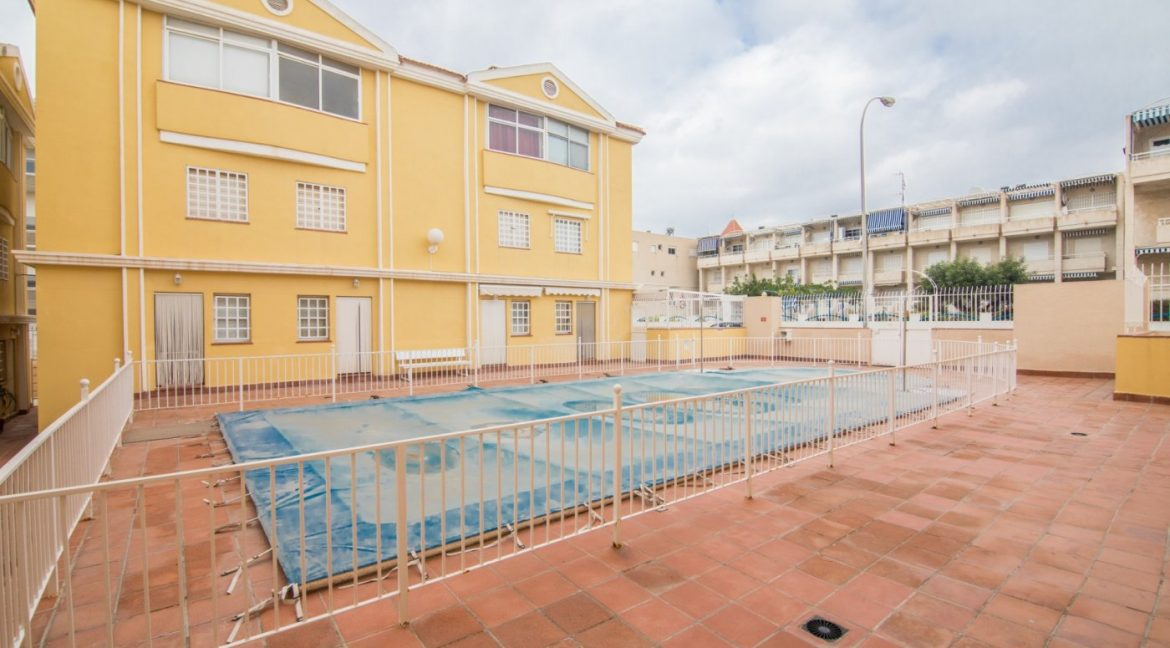 3 Bedrooms Townhouse with Swimming Pool and Parking For Sale in Santa Pola (38)
