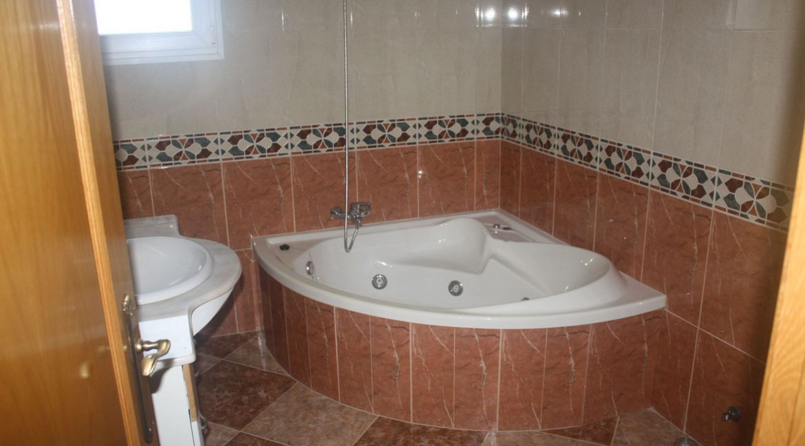 3 Bedrooms Townhouse.For Sale in Los Altos- Torrevieja with Solarium and Swimming Pooljpg (15)