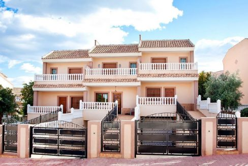 3 Bedrooms Townhouse.For Sale in Los Altos- Torrevieja with Solarium and Swimming Pool