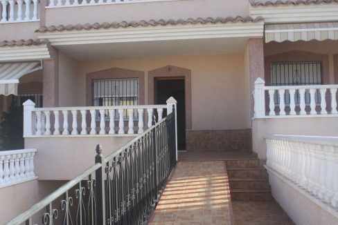 3 Bedrooms Townhouse.For Sale in Los Altos- Torrevieja with Solarium and Swimming Pooljpg (2)